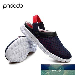 Großhandels-Männer Sommer Schuhe Sandalen 2016 neue Breathable Strand Flip Flops Herren Hausschuhe Mesh-beleuchteter Schuhe Outdoor-Slip-on-Plus Size Schwarz