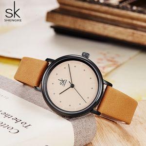 Shengke простые женщины вахты платья ретро кожаные женские часы Топ бренд женской моды мини-дизайн наручные часы часы