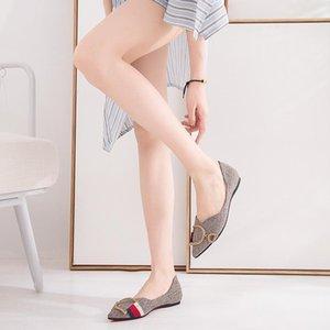 Womens Loafers Travel Prom Flats Designer Women Sandals Slipper Shoes Luxury Metal Buckle Rhinestone Ballet Flats Big Sizes 26.L26