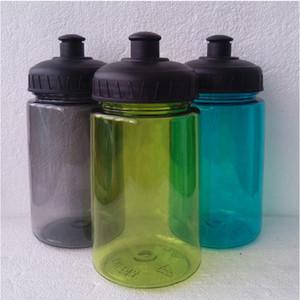 Poco costoso all'ingrosso 400/600 / bottiglia 800ml di sport esterni della bicicletta animali domestici di acqua di plastica per caccia pesca