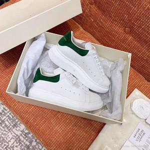 2020 couro de alta qualidade sapatos casuais masculina de moda e sapatos de treinamento astro plataforma sapatos de veludo Sneakers alexander das mulheres