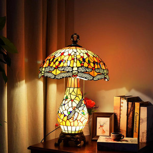 European retro Tiffany lamps stained glass lamp living room bedroom bar large table lamp American lamp decorative lamps