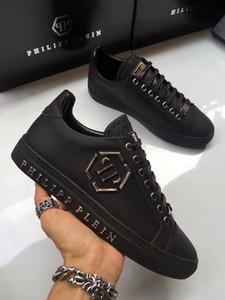 SS19 chegam novas Sneaker-Plataforma Sapatos Masculinos SS1798 Top Estrelas Camada de luxo de couro de Rivet Casual Shoes EUR38-45 xfc03