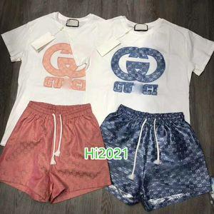 muchachas de las mujeres de gama alta camiseta de la letra ocasional del juego bordado apliques jersey camiseta + pantalones cortos de bloqueo de impresión 2020 de la moda de diseño de lujo conjunto suelta
