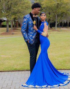 Nach Maß Nixe-Abschlussball-Kleider Neu Royal Blue Spandex lange formale Kleider mit Goldauflagen Langarm-Abschlussball-Kleider