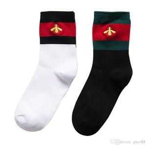 calcetines para hombre del diseñador Web fuera bordada abeja calcetín estilo de Hip Hop Calcetines Atletas medias blancas para las mujeres los hombres Dolce