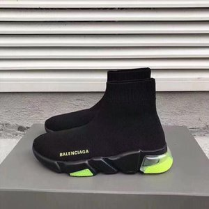 Lüks Tasarımcı Kadınlar Sneakers Hız Eğitmen Runner Siyah Kırmızı Top Kalite Üçlü Siyah Moda Düz Çorap Çizme Günlük Ayakkabılar Boyut 35-45