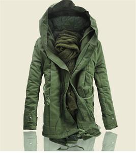 Mens Fashion Designer Giacche invernali Cappotto imbottito lungo in cotone con cappuccio Plus Size Giacca militare Uomo Cappotti