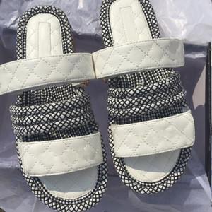 Estate 2019 nuove mezze pantofole di lusso comodi sandali con suola spessa antiscivolo donna e pantofole all'esterno indossando sandalo con fondo di focaccina