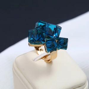Bague Améthyste gros-Autriche cluster cube magique anneaux index pour les femmes quatre couleurs purplegreen bleu blanc d'ouverture réglable
