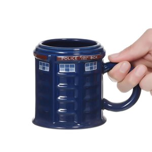 Çay Kahve Mug Komik Yaratıcı Hediye Noel Sunar Çocuklar Men Kapak Kapaklı Tardis Polis Kutusu Seramik Mug Kupası