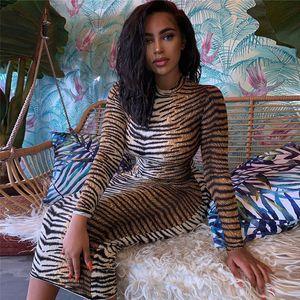 Free Ship 2019 новых женщины мода Тайгера печать Crew Neck платье карандаш вскользь тонкий Bodycon Midi платье Клубный