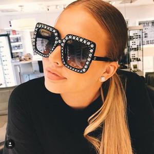 Femmes lunettes de soleil de designer de luxe Femmes Marque Pas Cher Taille Lunettes de Soleil Femmes 2019 Nouveau Gradient Oculos Mirror Shades