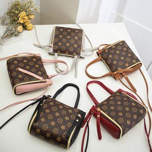 Manera de las mujeres del bolso de la PU del bolso de hombro GD Carta Crossbody Messager bolsos de totalizadores del recorrido al aire libre diseñador bolsos de moda las niñas bolsa del teléfono del bolso