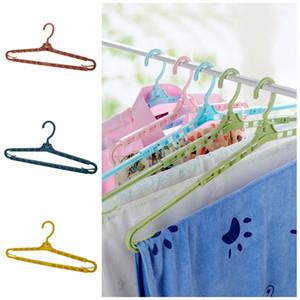 Retractable Rotating Kleidung Racks Kunststoff Solid Color Startseite Bekleidung Dry Kleiderbügel trocken und nass Nonslip Aufhänger für Haushalts-2 26ch E19