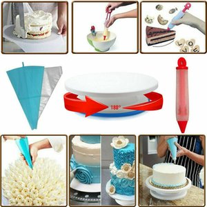 106pcs Xmas Cake Decoration Pieces Kit Baking Turntable Set Silicone Baking Tool
