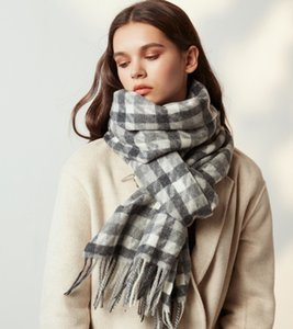 2019 autumn and winter new brand wool cashmere plaid scarf classic British style pashmina keep warm