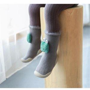 Gestrickte Babyschuhe Anti Slip-Baby-Socke Schuhe mit Gummisohlen Weichen Newborn ersten Wanderer-Säuglingskleinkind Boden Krippe