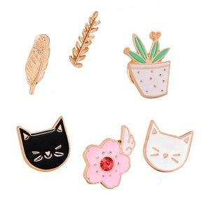 Pins Brooches Cat , Fruit , Vegetables , Leaf Badge Pins Unisex Lapel Hat Pin Tie Tack Enamel Lapel Backpack Bag Brooch Pins