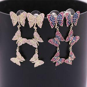 Personalità farfalla ciondola gli orecchini per le ragazze 2019 Nuovi regali per gli amanti della moda Shinning Crystal Insect Orecchini Orecchini Donna Designer Gioielli