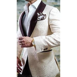2019 Champagne Jacquard Hommes Costumes Avec Pantalon Marié Tuxedos Mode Marié Costumes De Mariage D'affaires smoking Blazer Robe