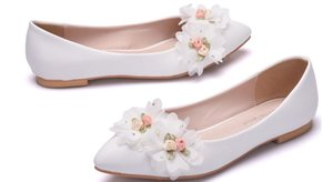 2019 Women's shoes in Spring and Autumn with New style flat bottom pointed end Flower @ZXC366