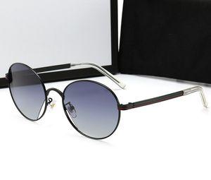 Nuovi occhiali da sole irregolare tendenza retrò cave pellicola a colori occhiali da sole rospo all'aperto brand design 0222 uomini e donne di personalità