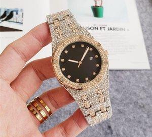 Os mais recentes chegadas Hot Big Super presente de luxo para fora congelado Assista Ouro Diamond Watch para as Mulheres Homens Big quartzo impermeável relógio de pulso Relogio Masculino