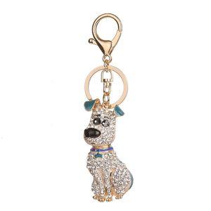 Cristal Puppy Dog Keychain Liga Diamante Dog Chaveiro Purse Bag Car Pendent casamento chaveiro aniversário Ornamento do presente GGA2755