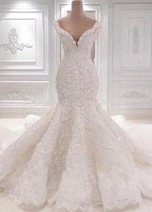 Vestidos de novia de encaje de sirena de lujo Scoop Neck Full Lace Appliqued Crystal Long Cathedral Train Boda vestidos de novia BC0221