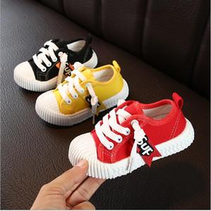 Nuove scarpe da bambino del bambino dei pattini del panno di 1-6 anni 3 uomini e le donne della molla del bambino di tela e in autunno morbido pizzo basso verso l'alto scarpe all'ingrosso