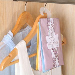 1Pc Hanging Spezie Armadio Bustine armadio Pest Control odore di muffa aromaterapia Sachet Borse deodorante per Case Altro pulizie