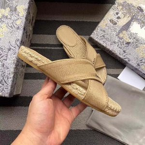 High quality spring Sandals Designer Shoes Classics brand slippers summer flat sandals Fashion Designer Shoes leather beach shoes shoe09 DR1