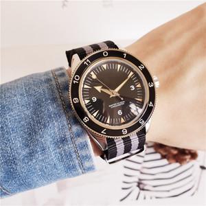 Relojes de lujo para hombre 007 Spectre Watch Sea 8500 Automático de alta calidad Planet Ocean Transparent Back 300 Master Watch Correa de nylon