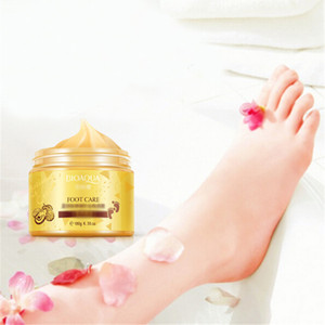 BIOAQUA OURO 24K Manteiga de Karité Creme Massagem Peeling Renovação Máscara do pé do bebê pele suave Máscara Cuidados creme esfoliante pé