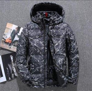2020 del diseñador del Mens Tamaño de vestir exteriores del invierno del otoño de camuflaje Plus Parkas aire libre para hombre abrigos Moda Hombre Ropa