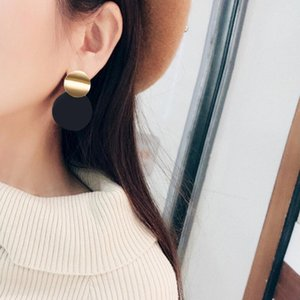 European Trendy Earrings Creative Circle Temperament Jewelry New Personality Fashion Earrings For Women Jewelry Hot Sales