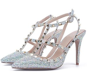 2019 European and American women fashion silver diamond rivet pointed high heel bride wedding shoes party party dress fashion shoes