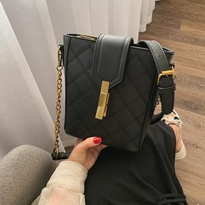 2019 summer new ladies bag fashion trend solid color zipper small square bag shoulder diagonal handbag