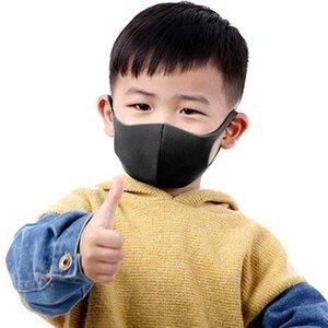 Crianças dos desenhos animados Anti Poluição respirável face lavável máscara preta Earloop reutilizável Dustproof Boca Muffle Crianças Equipamento de Proteção