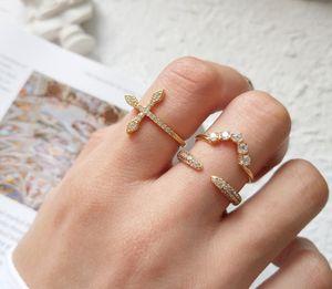 Стерлингового серебра CZ ювелирные изделия микро проложили кубический цирконий любовь боком крест кольцо открытый V образный обручальные кольца женщины кольцо ps0244