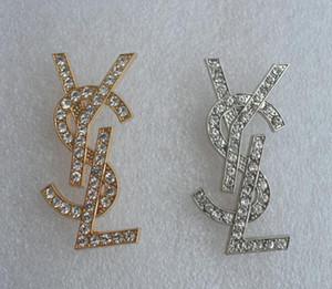 Brooches di modo con il Rhinestone di cristallo di marca Y Lettera Pin Spilla con brillanti pietra Spille per i monili delle donne della decorazione
