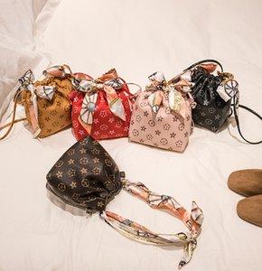Lady Bufandas Girls PU Bolso de cuero Bolso de estilo A2047 Niños Seda Moda Arqueamientos Hombro Big Bucket Mujeres Impreso Un Qwvnc