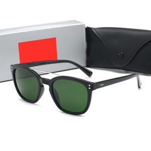 Yeni lüks kadın güneş gözlüğü erkekler tasarım metal Vintage güneş gözlüğü moda stil kare çerçeve UV orijinal vaka su ile 400 mercek