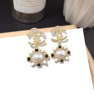 2020 Hot sale high quality fashion earrings Fine Jewelry love Earring Women Charm C Earring Stud earings For Woman jewerly wholesale price