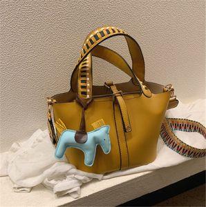 Designer portáteis Bucket Bag Moda Mãe Criança Bolsas Tide Único Shoulder Moda PH-CFY2001123