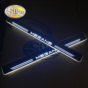 SNCN impermeable acrílico auto del LED luz del coche Bienvenido placa del desgaste del travesaño de la puerta del pedal Umbrales Para Megane 3 2011 - 2014 2015