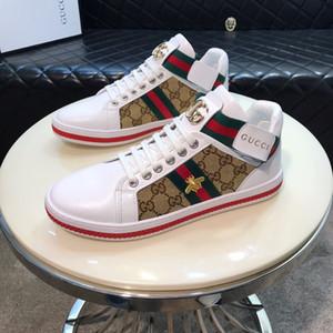 Scarpe da uomo in pelle traspirante Classico piatto maschile Calzature di marca Scarpe casual da uomo Novità Primavera Estate Sneakers per uomo
