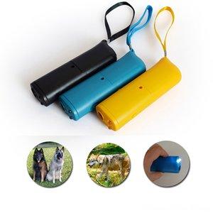 애완 동물 훈련 도구 3IN1 안티 개는 애완 동물 Suppliesing 정지 껍질 개 훈련 장치 제어 LED 초음파 안티 수피 장비 플라스틱 MASCO 공급