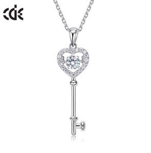 Beauty Smart Necklace Female Key S925 Colgante de plata esterlina Versión coreana de la piedra que bailará con circón W51